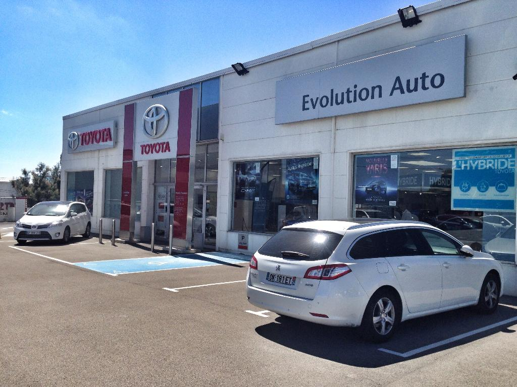 toyota evolution auto garage automobile avenue croix