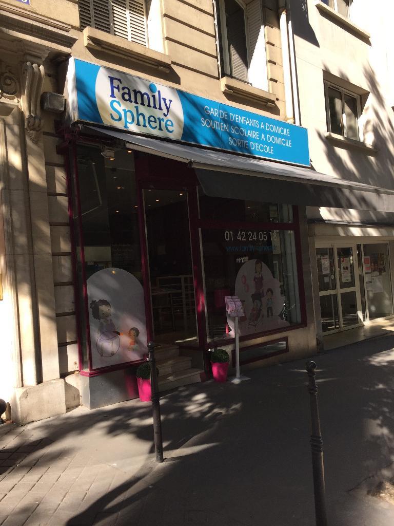 family sphere garde d 39 enfants 66 avenue th ophile gautier 75016 paris adresse horaire. Black Bedroom Furniture Sets. Home Design Ideas