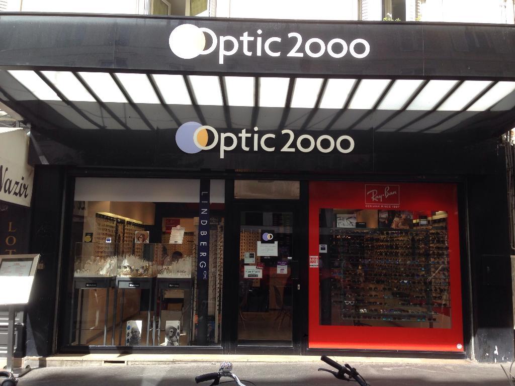 Optic 2000 abbesses opticien 56 rue des abbesses 75018 for Decor 2000 ajaccio horaires
