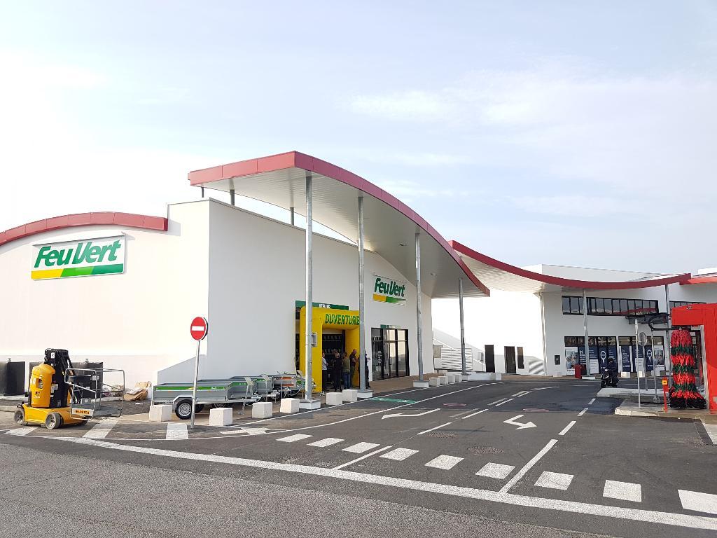 Feu Vert Franchise Independant Garage Automobile Rue Familistere