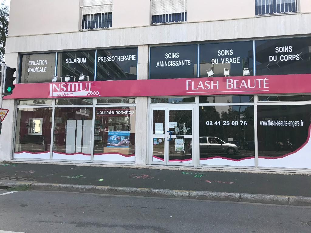 flash beaut institut de beaut 1 rue savary 49000 angers adresse horaire. Black Bedroom Furniture Sets. Home Design Ideas