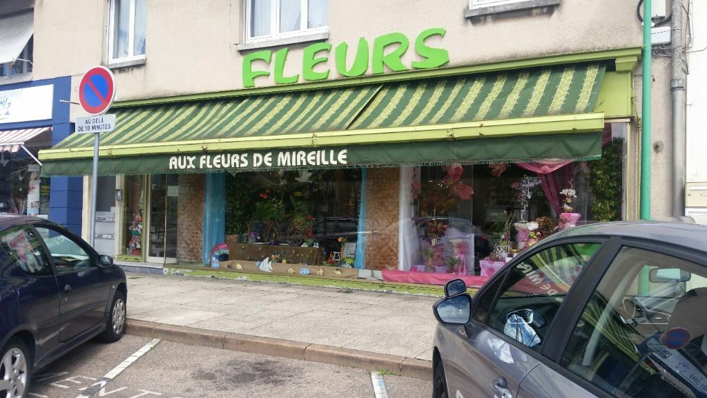 fleurs de mireille fleuriste 36 grand 39 rue 57280 maizi res l s metz adresse horaire. Black Bedroom Furniture Sets. Home Design Ideas