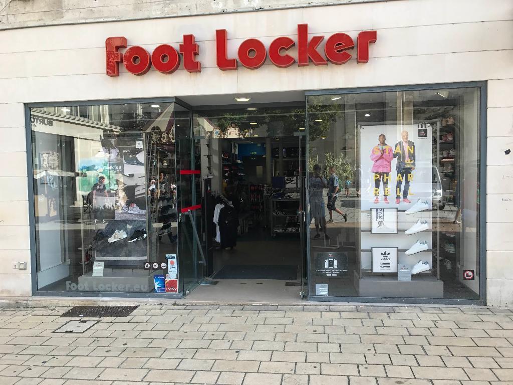 foot locker france magasin de sport 19 rue herg 16000 angoul me adresse horaire. Black Bedroom Furniture Sets. Home Design Ideas