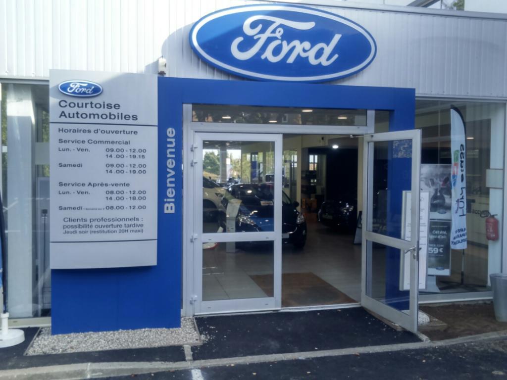 Courtoise automobiles garage automobile 15 rue pompe for Garage ford cergy