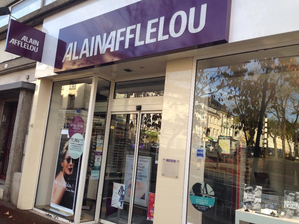Alain afflelou opticien 2 rue mar chal leclerc 50000 saint l adresse horaire - Horaire leclerc saint aunes ...