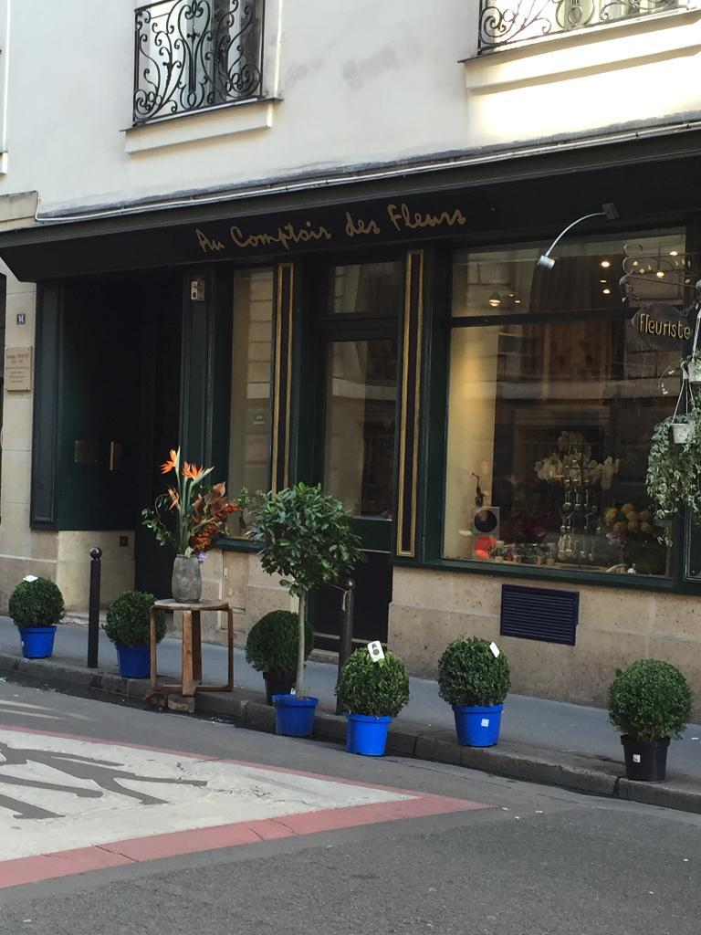 Au comptoir des fleurs fleuriste 14 rue vivienne 75002 - Au comptoir des vaisselles ...