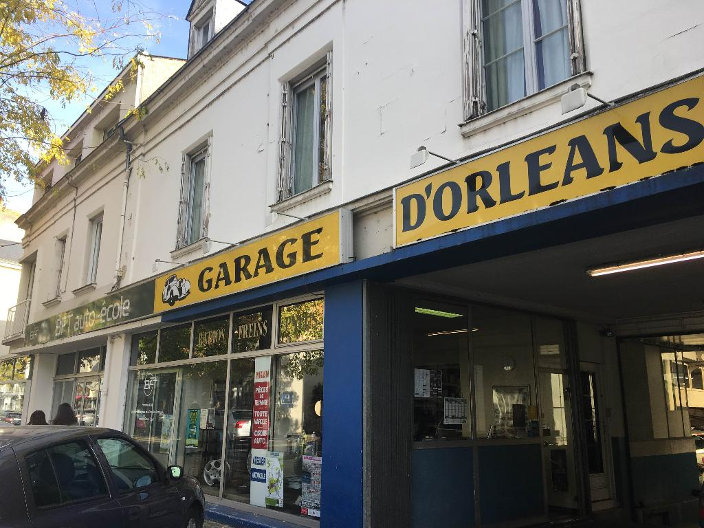 garage d 39 orl ans garage automobile 81 rue orl ans 49400 saumur adresse horaire. Black Bedroom Furniture Sets. Home Design Ideas