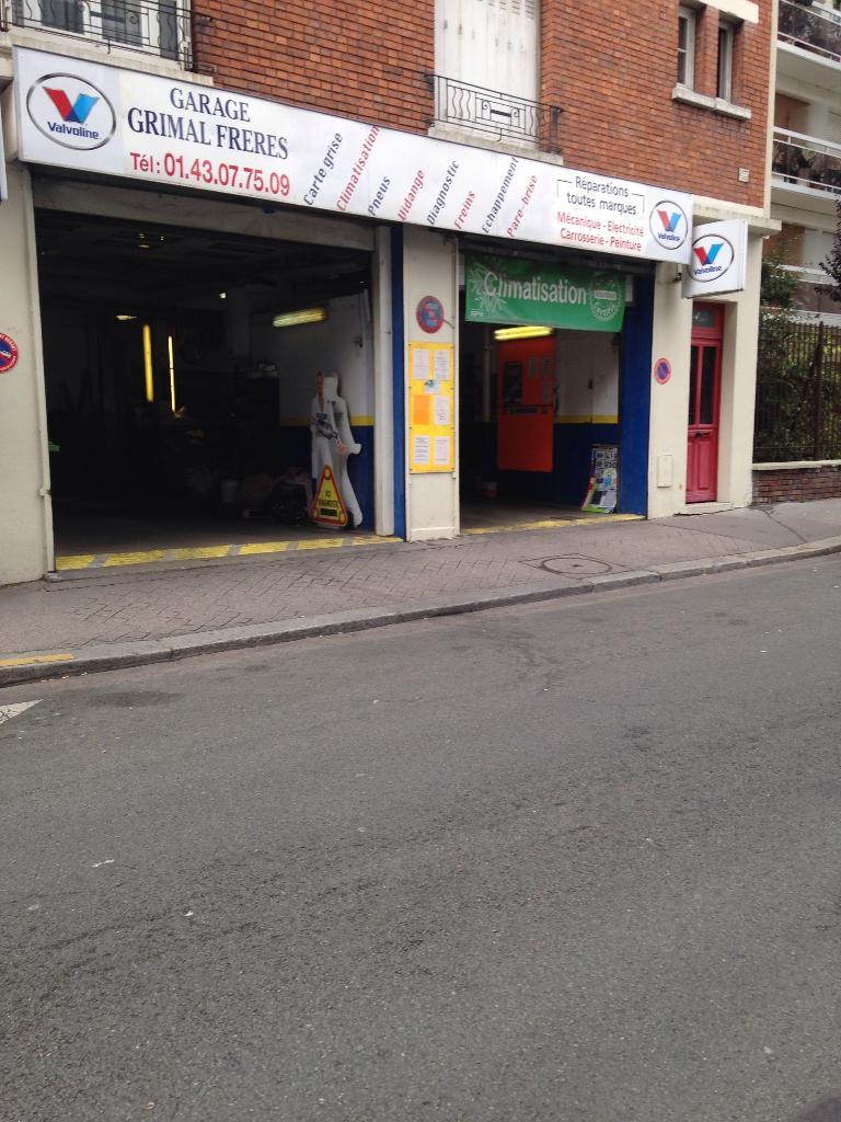 Garage grimal fr res garage automobile 3 rue de la gare for Garage de la gare pontault
