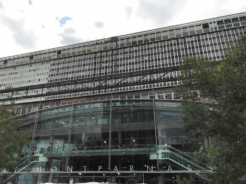 Hôtel 15 Montparnasse, Paris, France - Booking.com