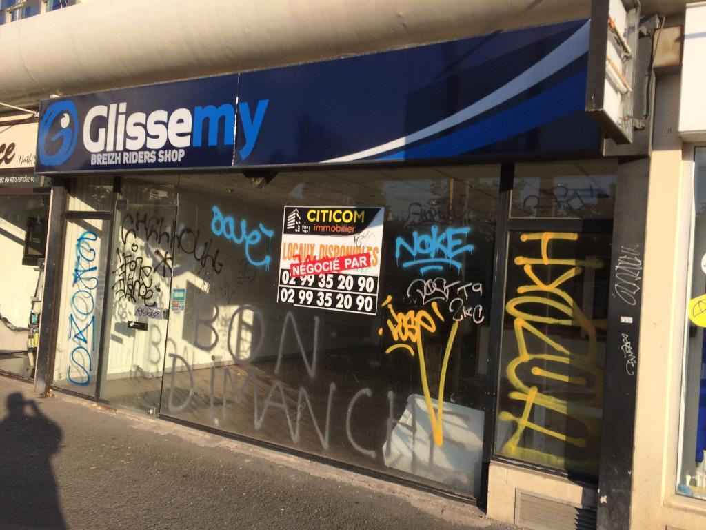 Glissemy magasin de sport 45 rue puits mauger 35000 for Horaire castorama rennes