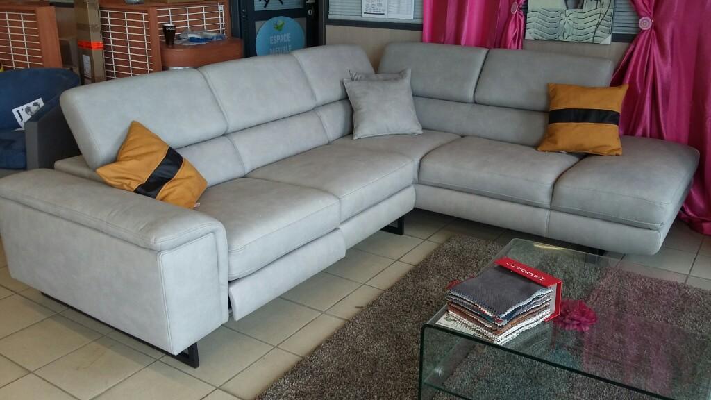magasin de meuble chartres votre intrieur grand litier chartres with magasin de meuble chartres. Black Bedroom Furniture Sets. Home Design Ideas