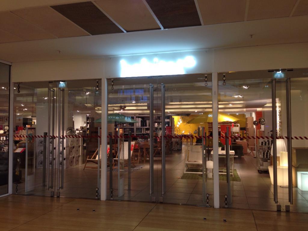 Habitat la d fense magasin de meubles 2 place de la d fense 92800 puteaux adresse horaire - La compagnie du lit puteaux ...