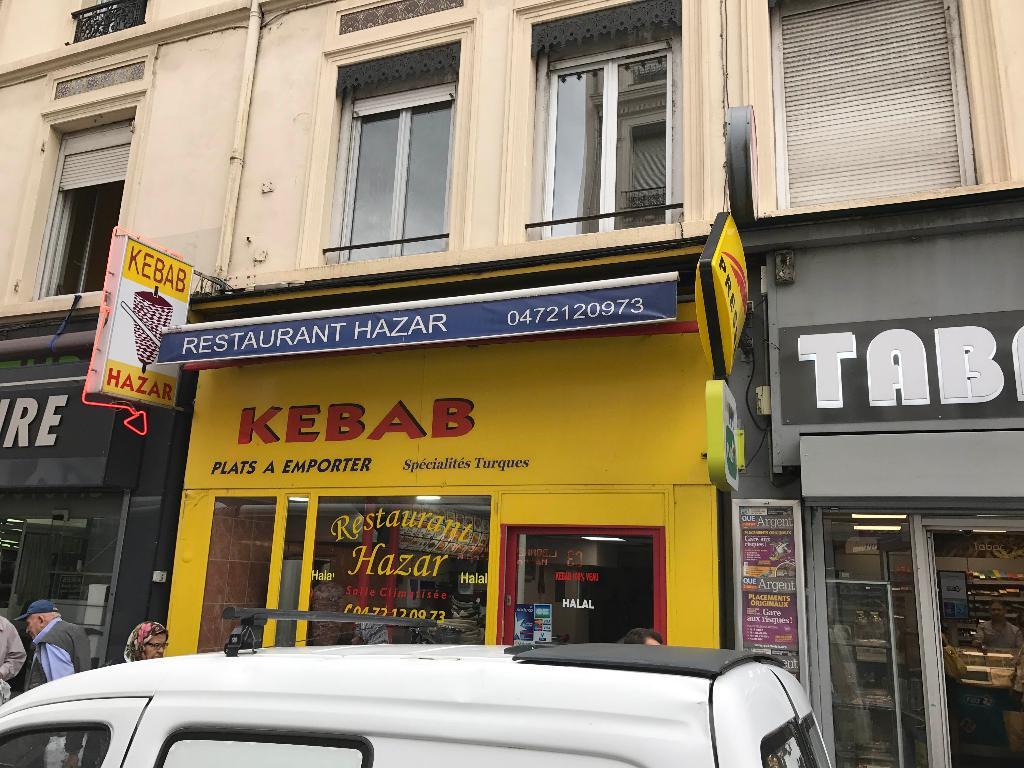 Hazar kebab restaurant 6 rue l on blum 69100 for Garage rue des bienvenus villeurbanne