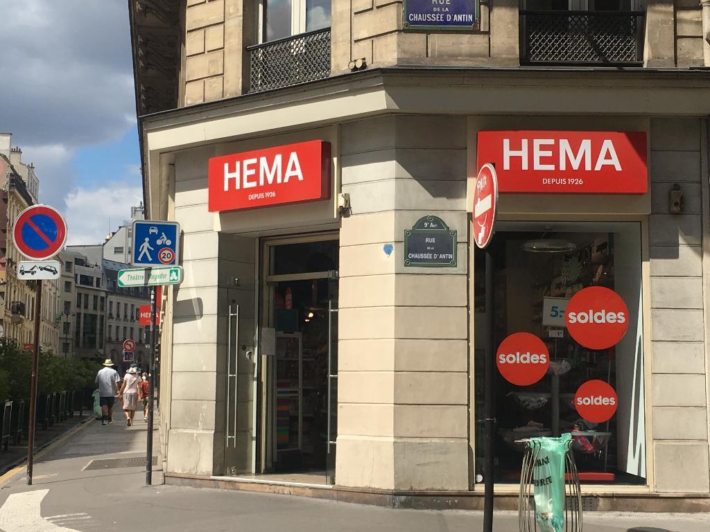 Hema france magasin de meubles 45 rue de la chauss e d for Hema magasin france