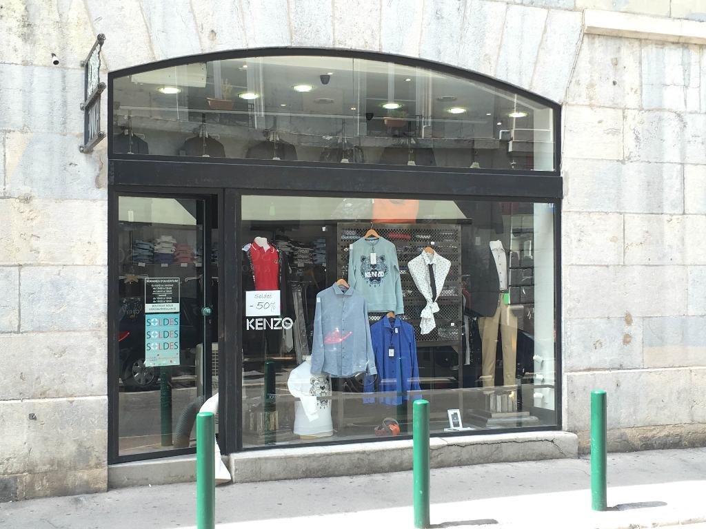 fc87116f5d28 Hommes Boutique Besançon - Magasins de vêtement (adresse, horaires)