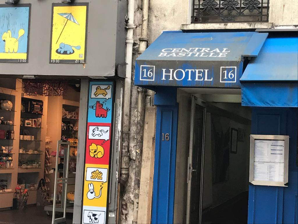 Hotel central bastille h tel 16 rue de la roquette for Hotel rue de la roquette