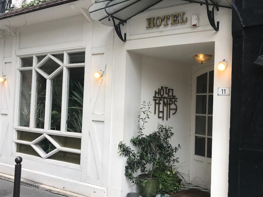 hotel du temps h tel 11 rue de montholon 75009 paris. Black Bedroom Furniture Sets. Home Design Ideas