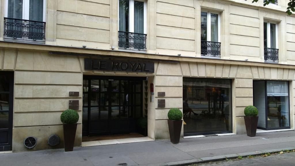 H tel le royal h tel 212 boulevard raspail 75014 paris for Hotel boulevard jourdan