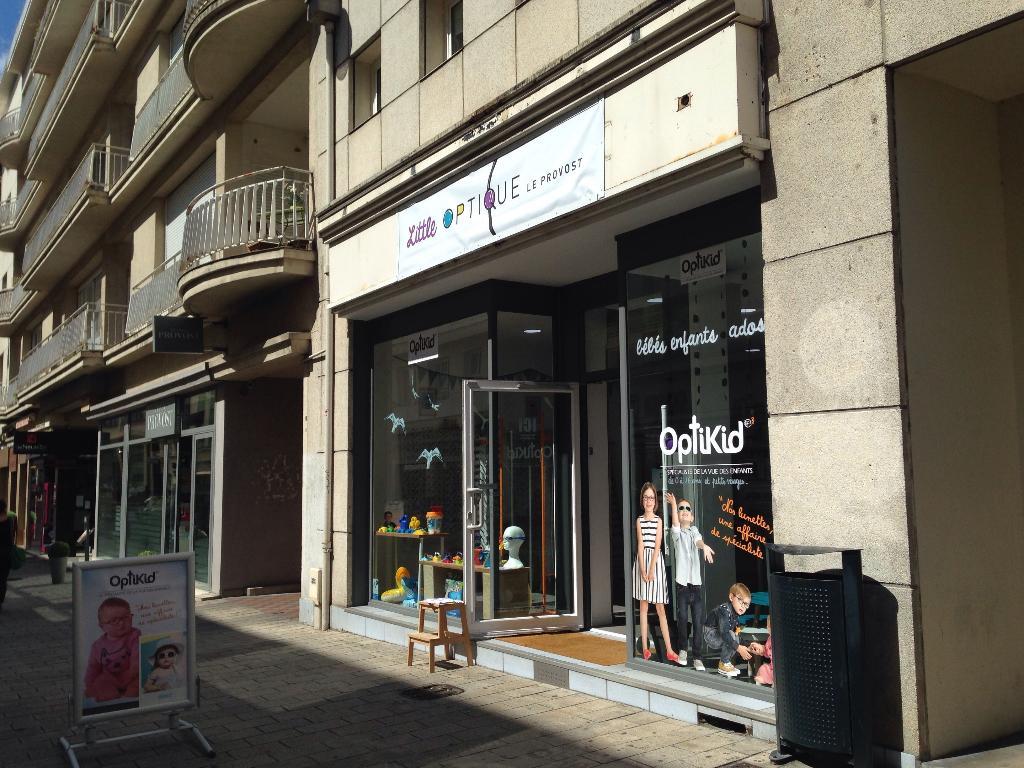 i love optic opticien 7 rue budapest 44000 nantes. Black Bedroom Furniture Sets. Home Design Ideas