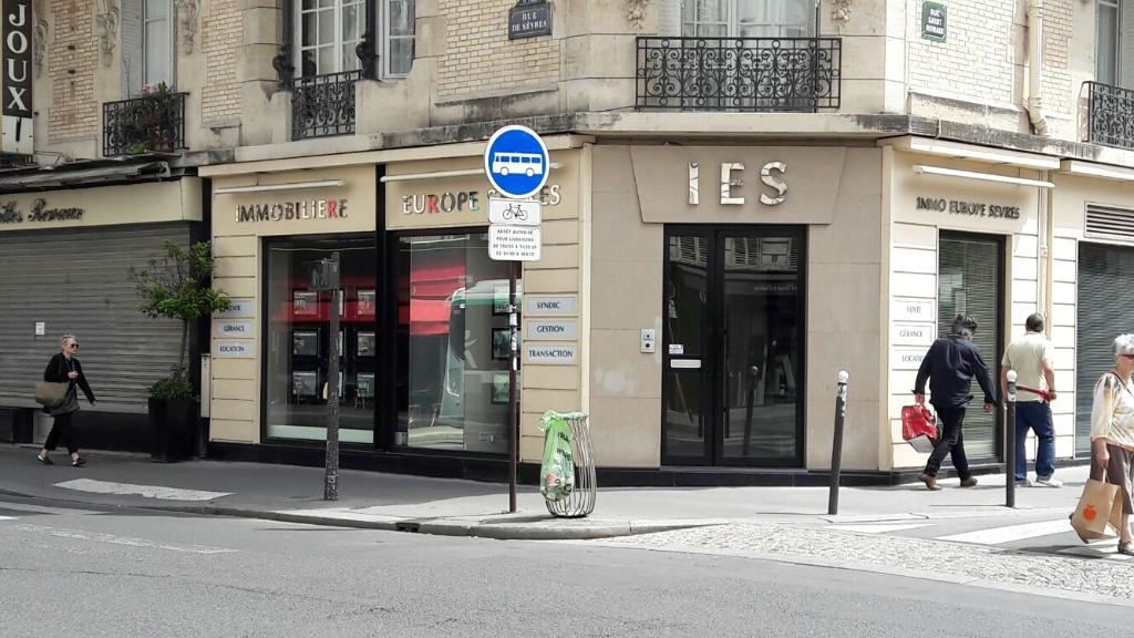 Immobiliere europe sevres agence immobili re 109 rue de for Agence immobiliere 75006