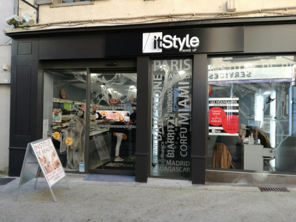 It style parfumerie 6 rue de l 39 h tel de ville 15000 - Piscine aurillac horaires ...