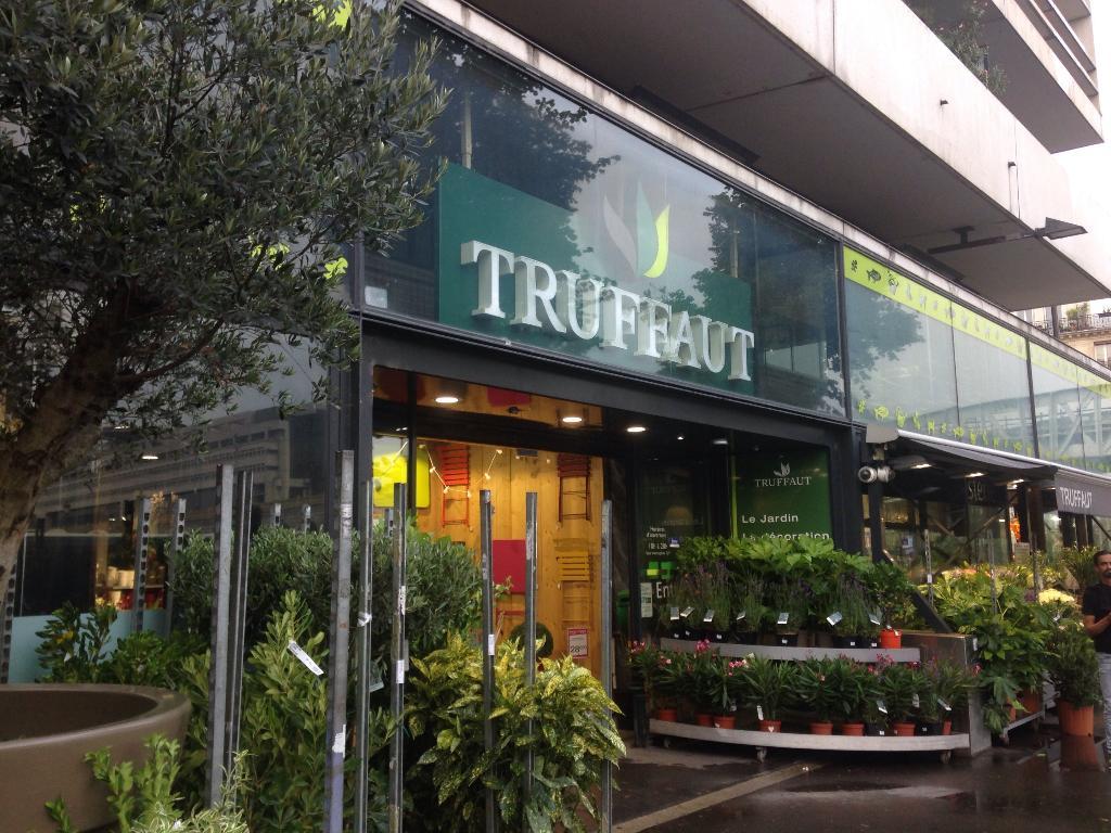 Jardinerie Truffaut Paris - Jardinerie, 85 quai Gare 75013 Paris ...
