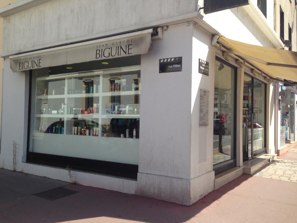 Jean claude biguine coiffeur 61 avenue des fr res for Lissage bresilien franck provost salon