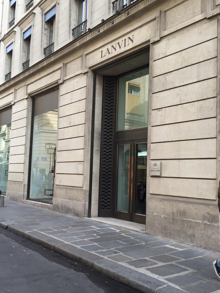 Jeanne lanvin v tements femme 22 rue du faubourg saint for Ayzel maison de couture