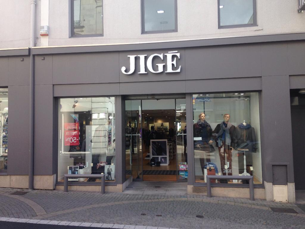 jig v tements homme 115 rue nationale 49300 cholet. Black Bedroom Furniture Sets. Home Design Ideas