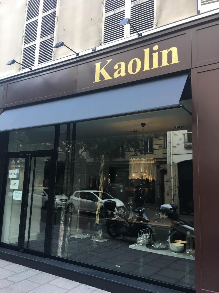 kaolin magasin de meubles 17 rue temple 75004 paris adresse horaire. Black Bedroom Furniture Sets. Home Design Ideas