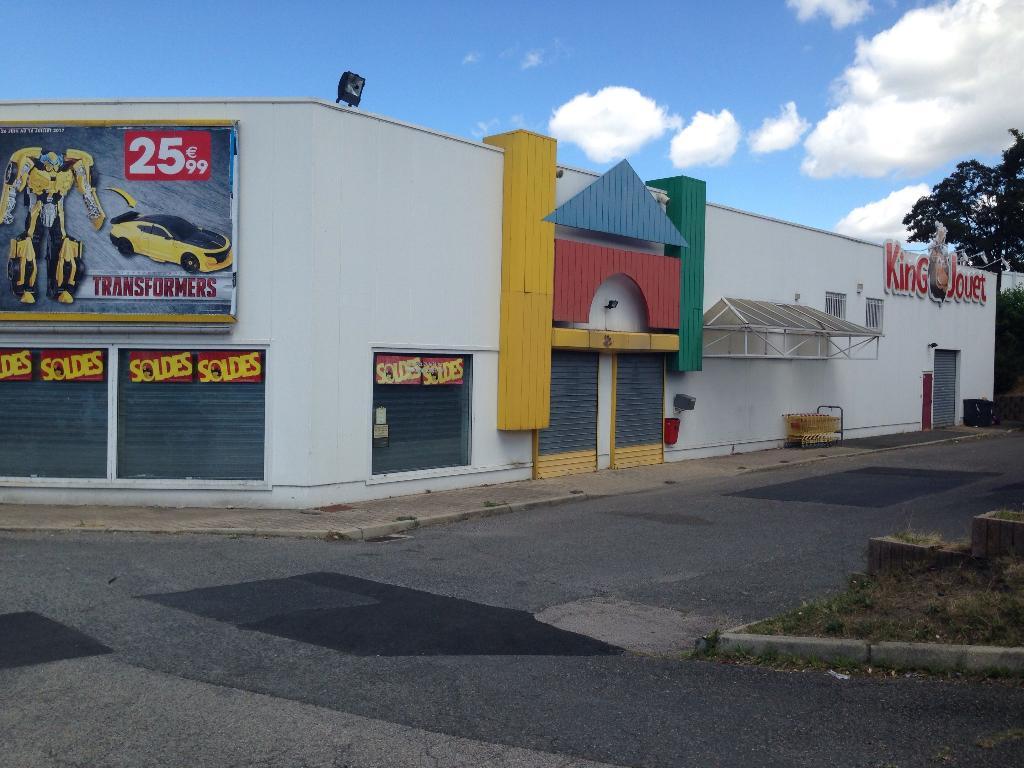 king jouet jouets et jeux 1 rue emile zola 42000 saint tienne adresse horaire. Black Bedroom Furniture Sets. Home Design Ideas