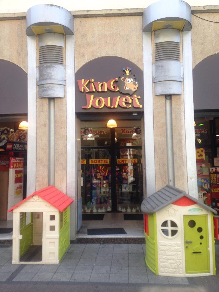 king jouet jouets et jeux 16 rue vieux march aux grains 67000 strasbourg adresse horaire. Black Bedroom Furniture Sets. Home Design Ideas