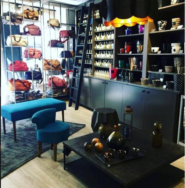 L\' de l\'essentiel - Magasin de meubles, 38 grande rue Charles de ...