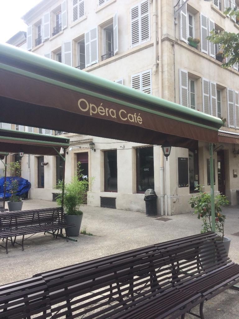 l opera cafe la terrasse restaurant 5 terrasse p pini re 54000 nancy adresse horaire. Black Bedroom Furniture Sets. Home Design Ideas