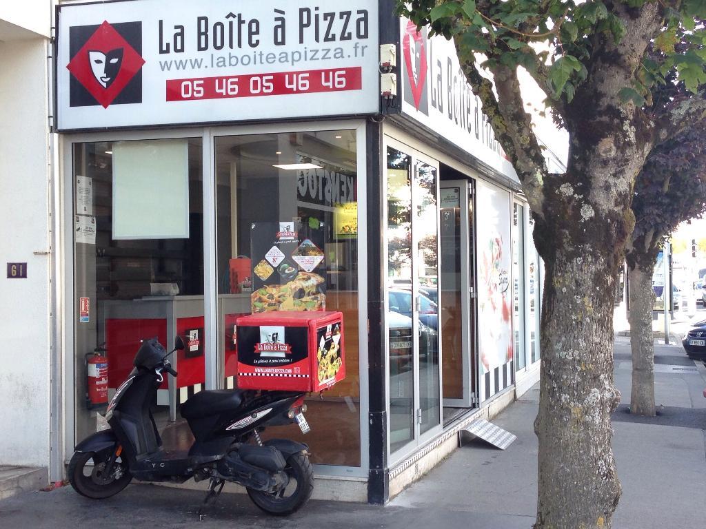 la boite pizza restaurant 59 boulevard r publique 17200 royan adresse horaire. Black Bedroom Furniture Sets. Home Design Ideas