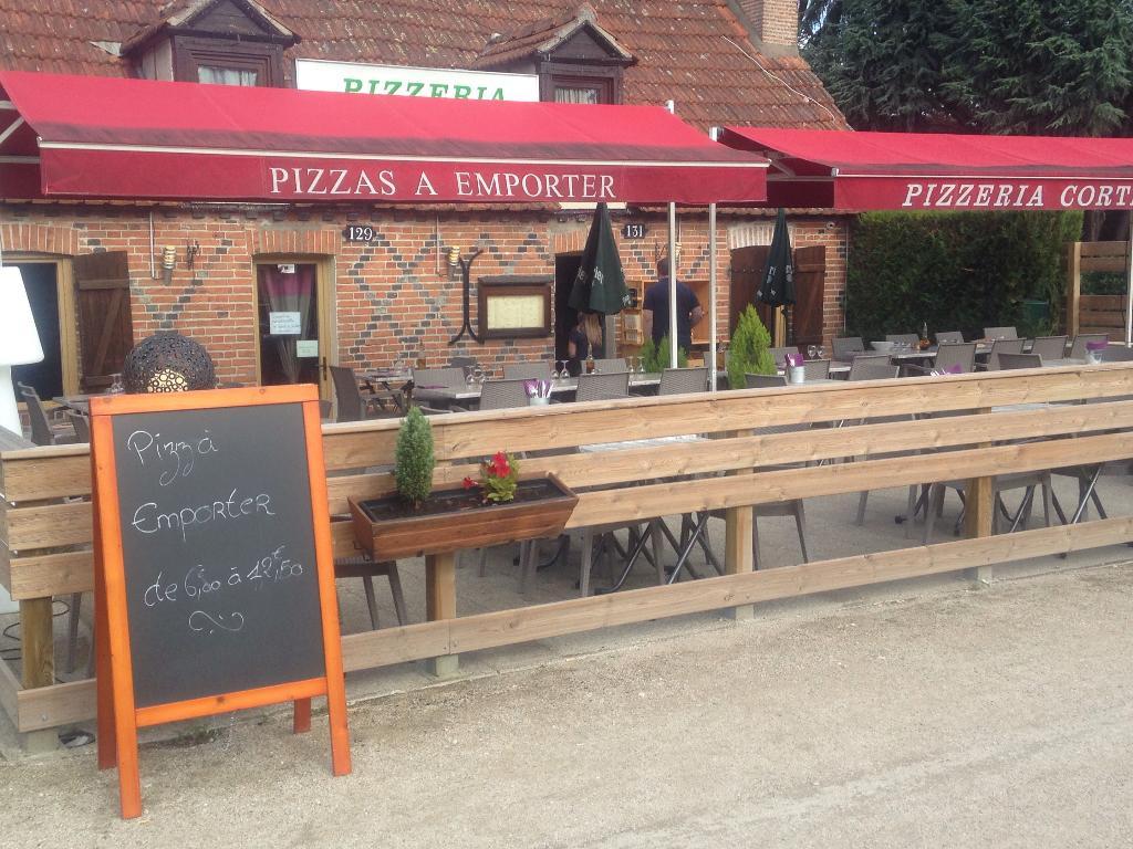 La cortemilia restaurant 129 rue g n ral leclerc 45240 la fert saint aubin adresse horaire - Horaire leclerc saint aunes ...