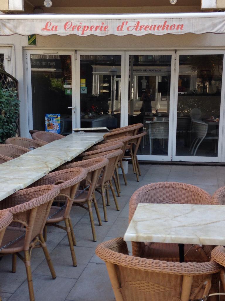 la creperie d 39 arcachon restaurant 211 boulevard plage 33120 arcachon adresse horaire. Black Bedroom Furniture Sets. Home Design Ideas