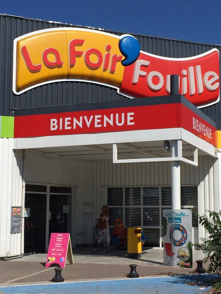 La foir 39 fouille discount destockage et d griff s 2 avenue des caniers 13400 aubagne - Tonnelle la foir fouille ...