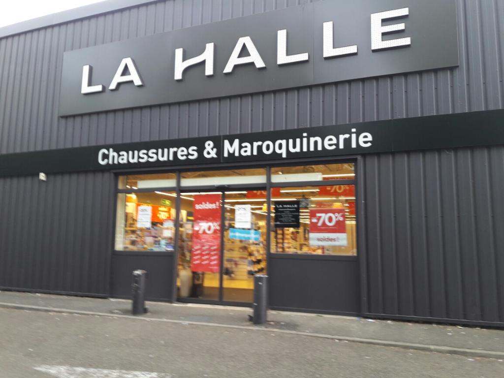be199a6187c1a0 La Halle - Chaussures & Maroquinerie, 11 r Pierres Missigault, 28630  Barjouville - Magasin de chaussures (adresse, horaires, avis)