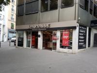7ba1072e65f959 La Halle Aux Chaussures, 1 r Pré St Gervais, 75019 Paris - Magasin ...