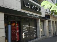 3210b9d54367f9 La Halle Aux Chaussures, 33 av Laumière, 75019 Paris - Magasin de ...