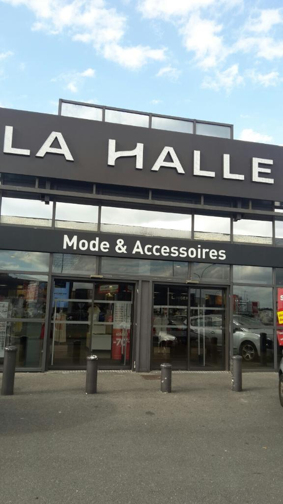 la halle chaussures maroquinerie chaussures 252 boulevard havre 95220 herblay adresse. Black Bedroom Furniture Sets. Home Design Ideas