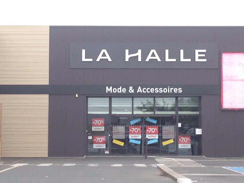 5467269c9fc49a La Halle Mode et Accessoires Langon - Magasins de vêtement (adresse,  horaires)