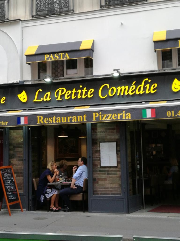 la petite comedie restaurant 32 rue de clichy 75009. Black Bedroom Furniture Sets. Home Design Ideas