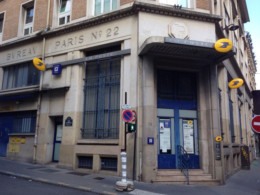 La poste 78 r taitbout 75009 paris livraison de colis adresse