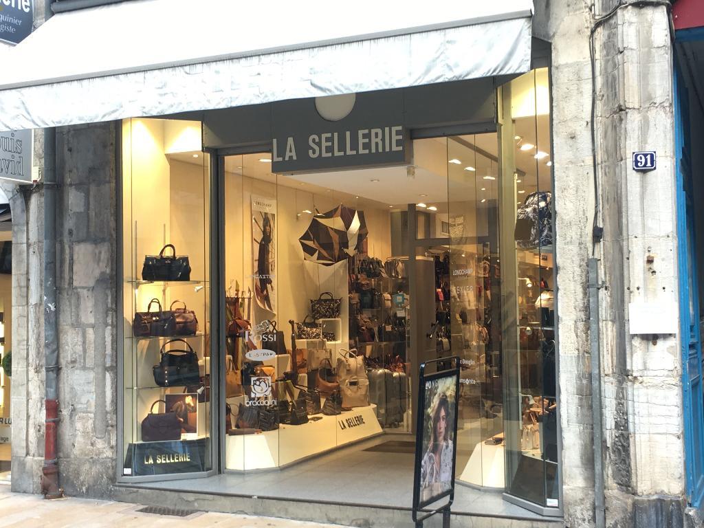 5ca2c71e6c3 La Sellerie Besançon - Maroquinerie (adresse