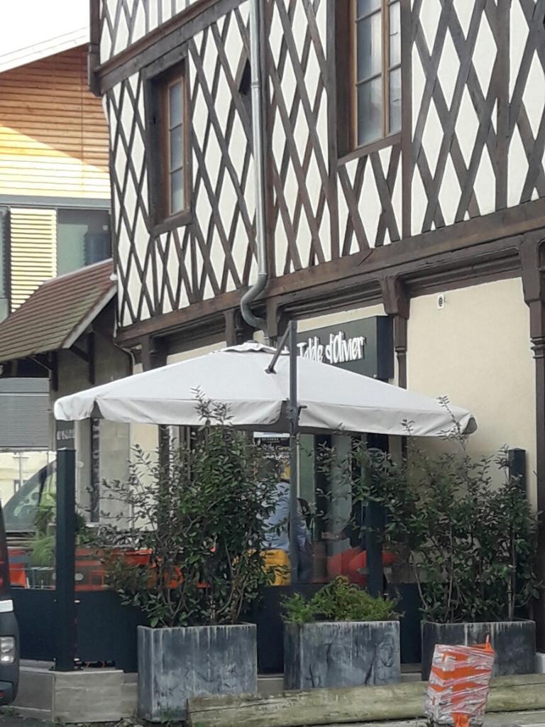 La table d 39 olivier restaurant 9 rue parerie 18000 bourges adresse horaire - La table d olivier illkirch ...