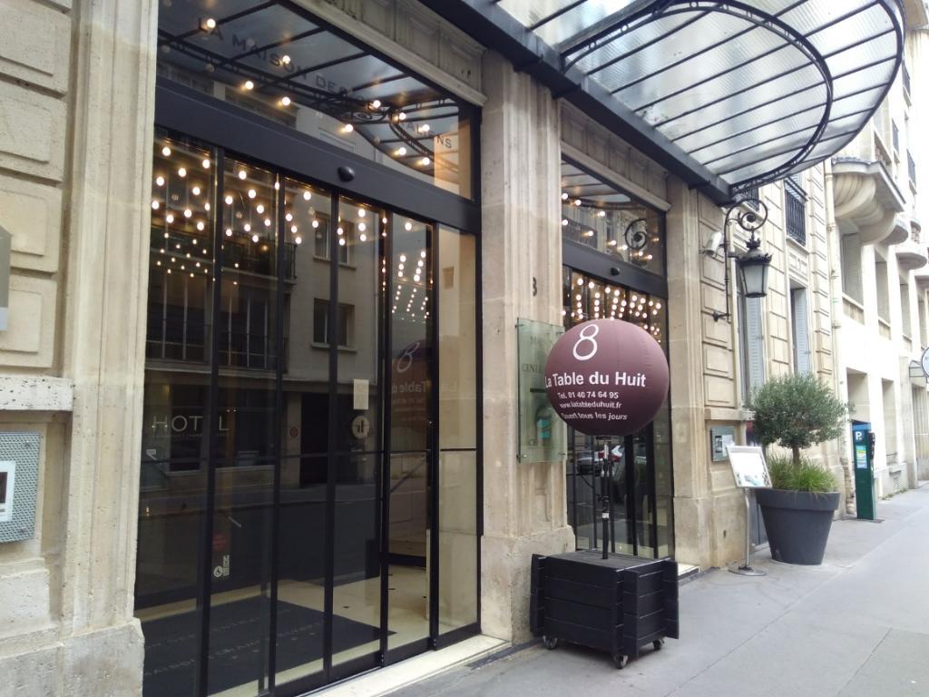 la table du huit restaurant 8 rue jean goujon 75008 paris adresse horaire. Black Bedroom Furniture Sets. Home Design Ideas