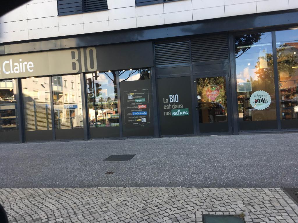 La vie claire magasin bio 158 avenue franklin roosevelt for Top garage villeurbanne