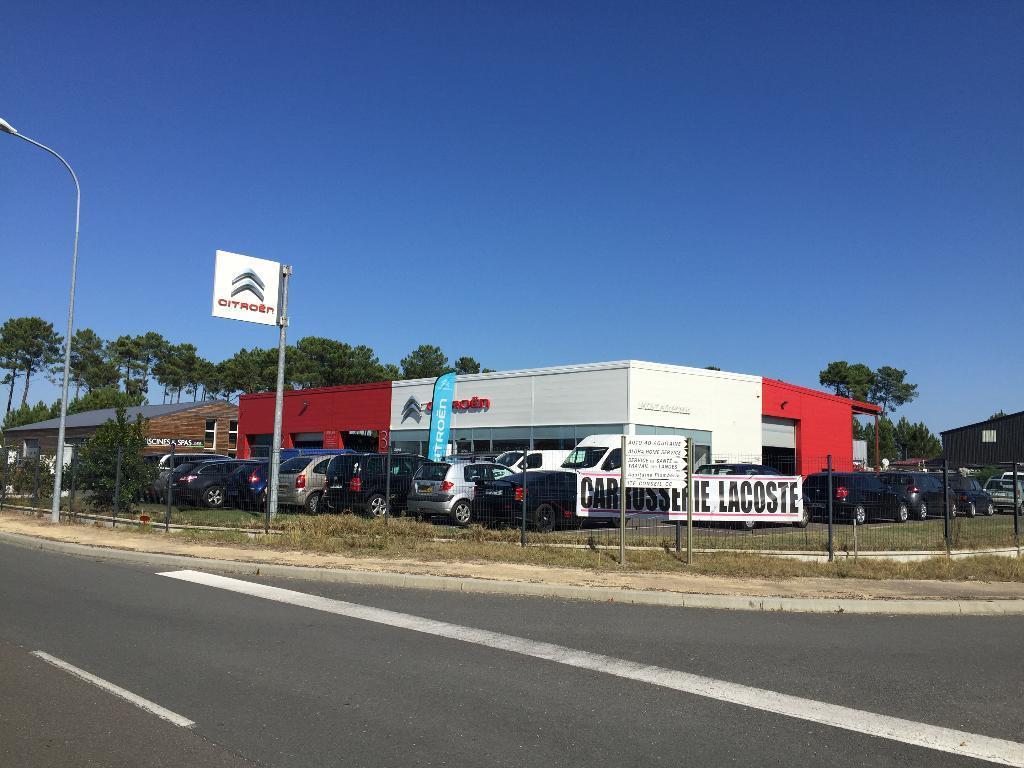 Lacoste Automobile 350 R Compagnons 40600 Biscarrosse